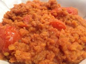 Garlicky Tomatoey Lentils